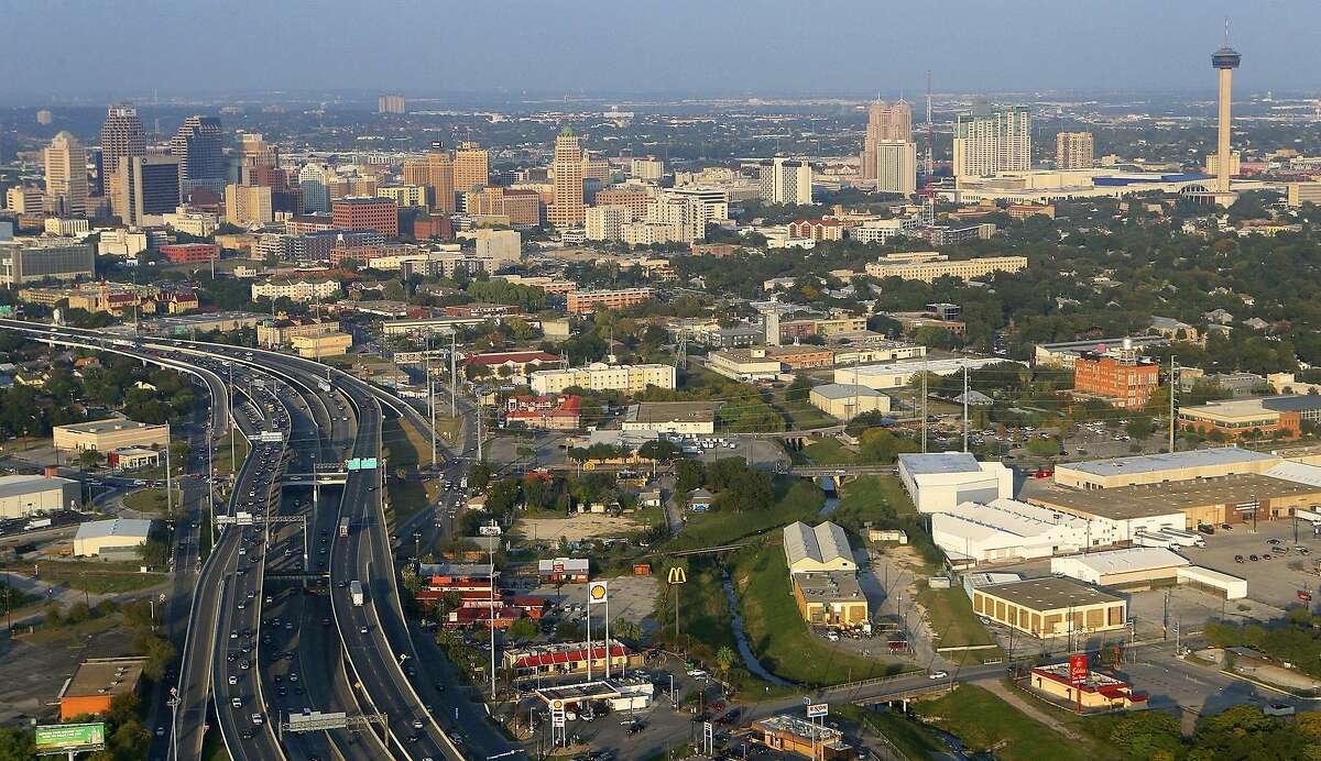 City: San AntonioAverage rent for high-end apartment: $1,1761-bedroom apartments: $1,0293-bedroom apartments: $1,537