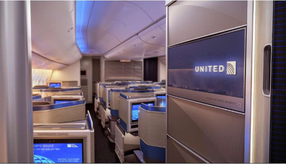 Changes in United's new Polaris business class have travelers scratching their heads Photo: United Airlines