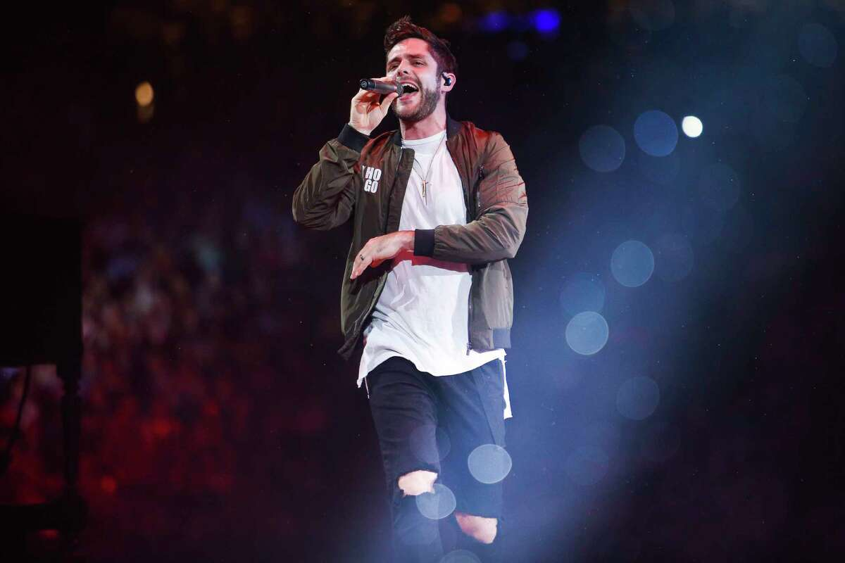 Thomas Rhett performs at the Houston Livestock Show and Rodeo Wednesday, March 15, 2017 in Houston. ( Michael Ciaglo / Houston Chronicle )