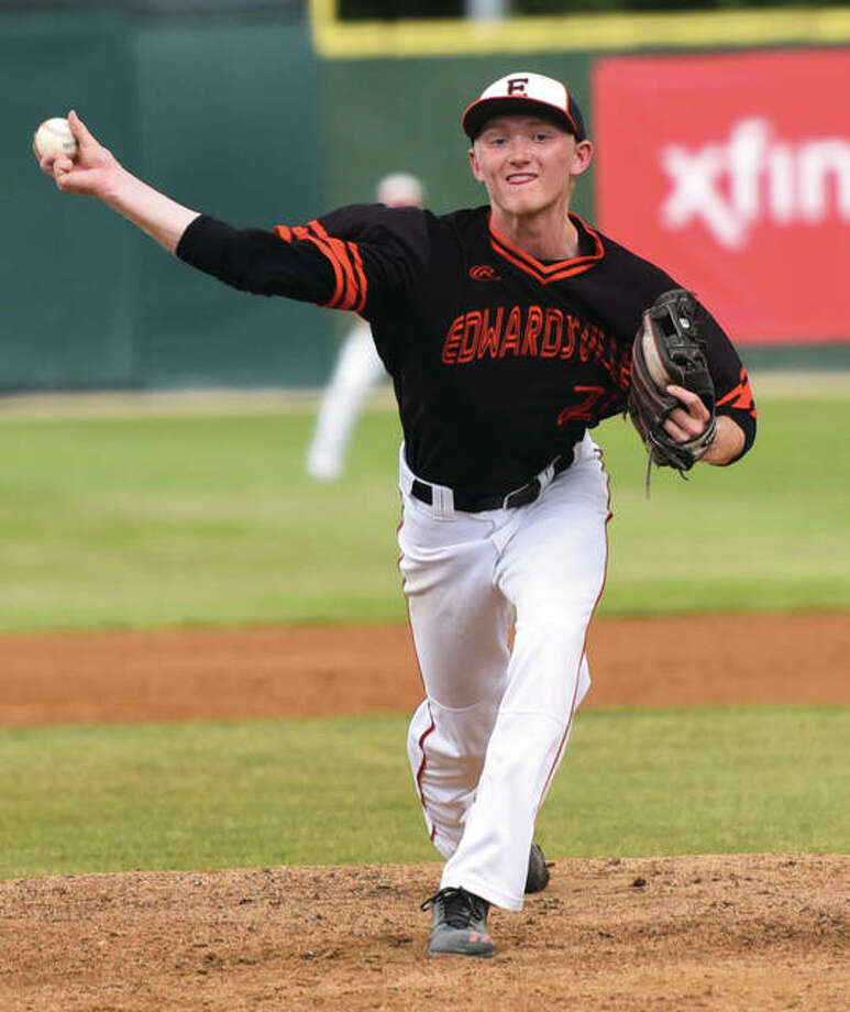 Edwardsville's Andrew Yancik delivers a pitch against Burbank St. Laurence during his complete-game win Friday night in the Class 4A state semifinals at Silver Cross Field in Joliet. Photo: Gary Middendorf / For The Telegraph