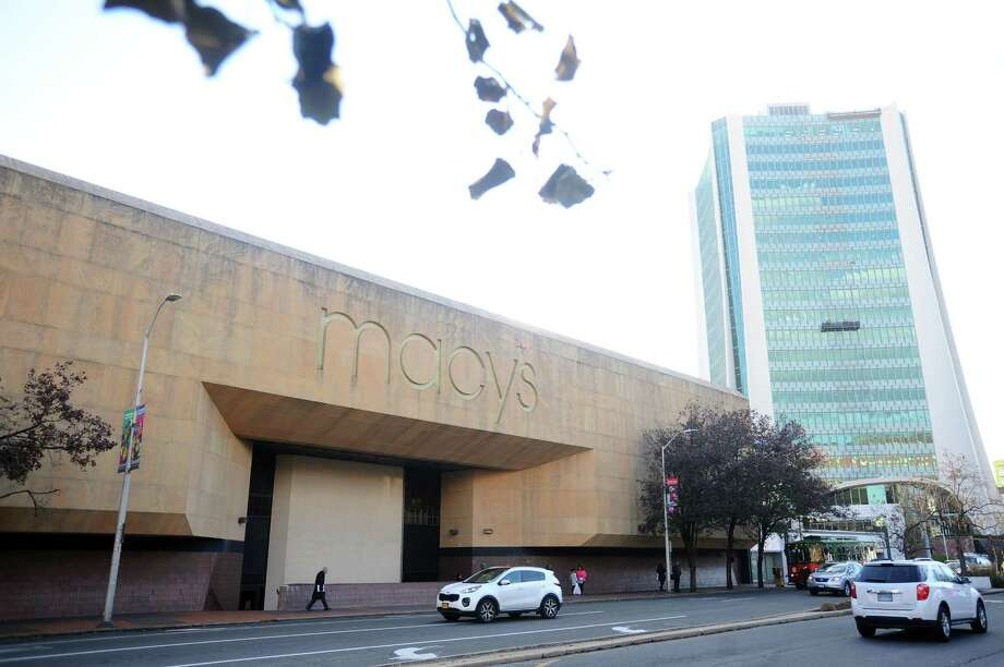 A view from Broad Street of the Macy's store at the Stamford Town Center mall in Stamford, Conn. The mall is owned by Bloomfield Hills, Mich.-based Taubman Centers. Photo: Michael Cummo / Hearst Connecticut Media / Stamford Advocate