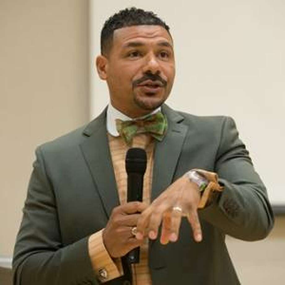 Dr. Steve Perry, highly sought-after black educator, author and speaker.