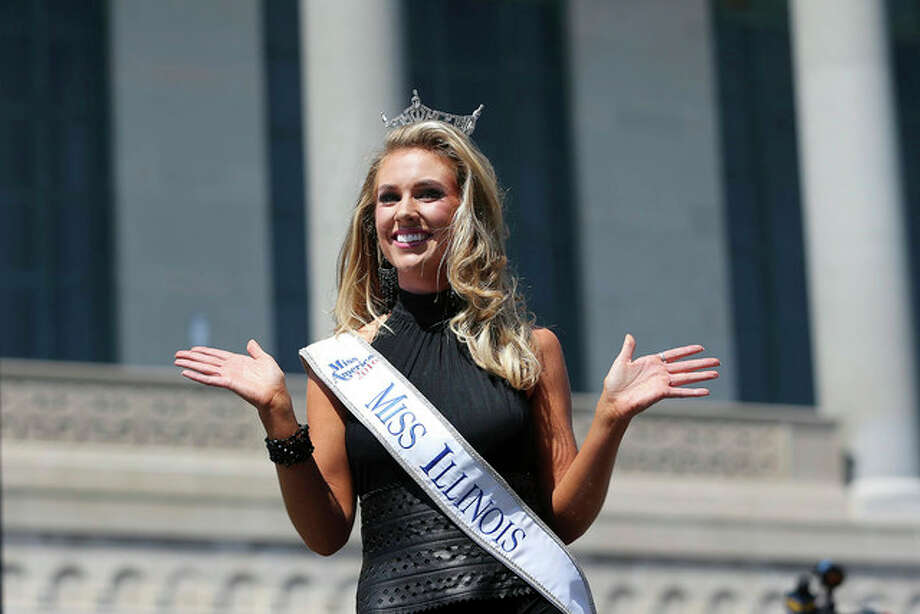 Miss Illinois Jaryn Franklin waves as she is introduced during Miss America Pageant arrival ceremonies in Atlantic City. The contestants from all 50 states, the District of Columbia and Puerto Rico were welcomed to the city to kick off two weeks that will culminate in the crowning of the 2017 Miss America on Sept. 11.