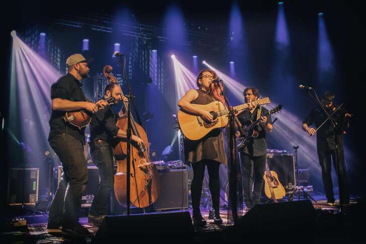 Roots pop band Front Country performs. Pictured from left to right:�Adam Roszkiewicz, Jeremy Darrow, Melody Walker, Jacob Groopman, Leif Karlstrom