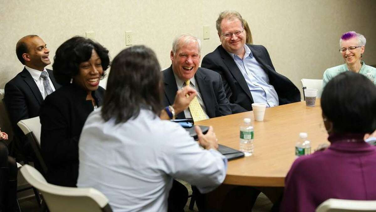 This week, Federal Reserve Bank of Boston President Eric Rosengren met with the Middletown Working Cities Challenge team, which includes over 20 organizations dedicated to increasing the earning power of single-parent households. He heard from the team identifying meaningful employment opportunities for single parents, and providing them with the training and resources to obtain living wage, career-sustaining work.
