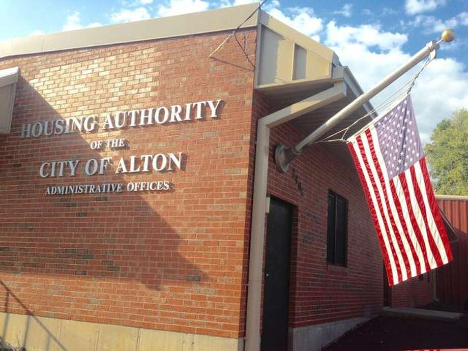 Alton Housing Authority Administrative Offices. Photo by Linda N. Weller
