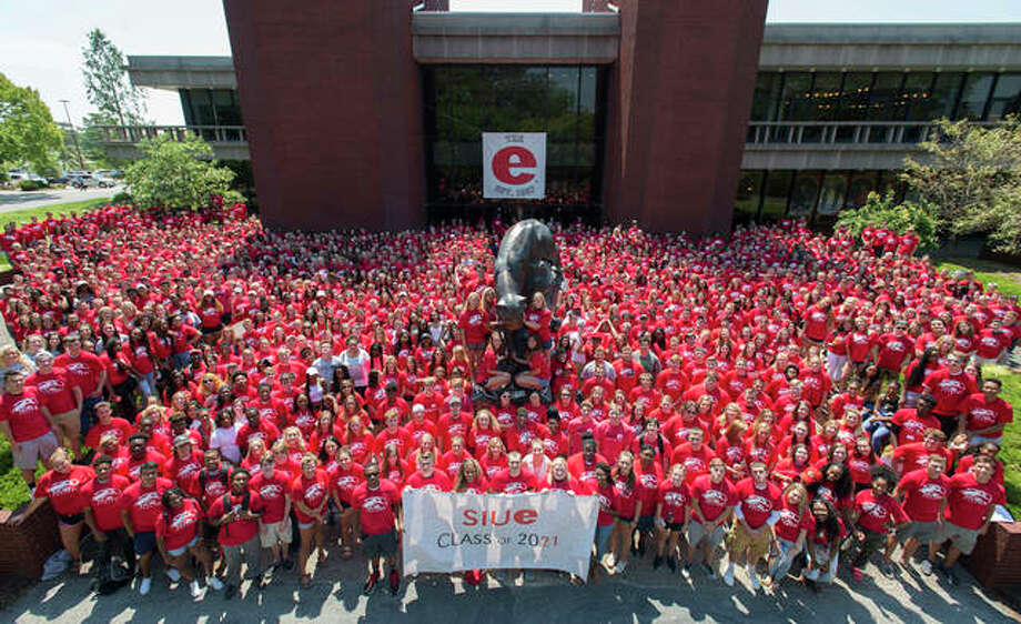 SIUE's Class of 2021 Photo: For The Telegraph
