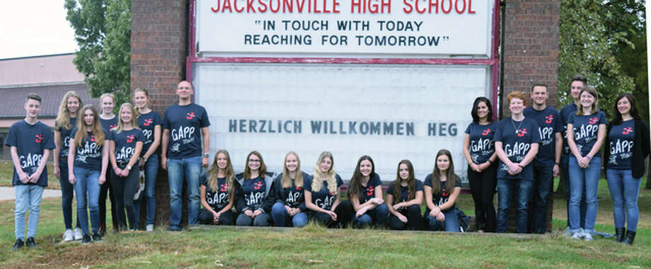 Jacksonville is hosting 18 German students this month, inviting them to experience the school system and culture of the United States, while also sharing their own traditions. Photo: Samantha McDaniel-Ogletree | Journal-Courier