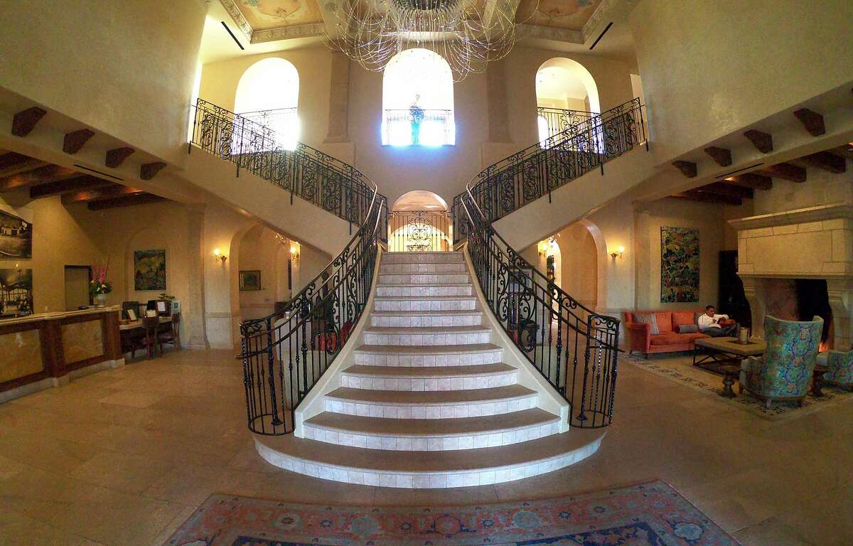The sweeping lobby at the Allegretto Vineyard Resort in Paso Robles.