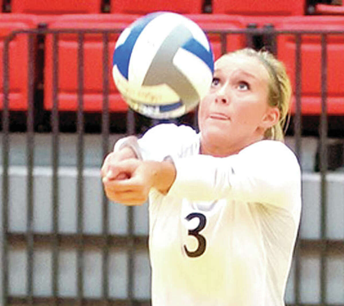 SIUE's Katie shashack, a senior from Edwardsville, has been named Ohio Valley conference Defensive Player of the Week.
