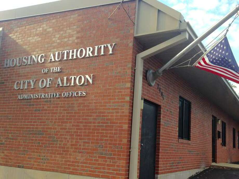 Alton Housing Authority offices. Photo by Linda N. Weller