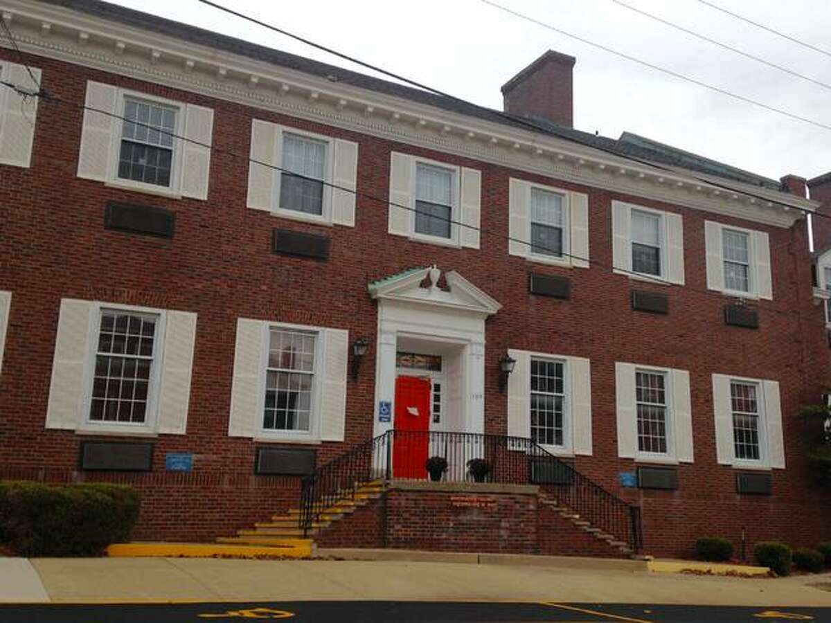 Alton YWCA, 304 E. Third St.