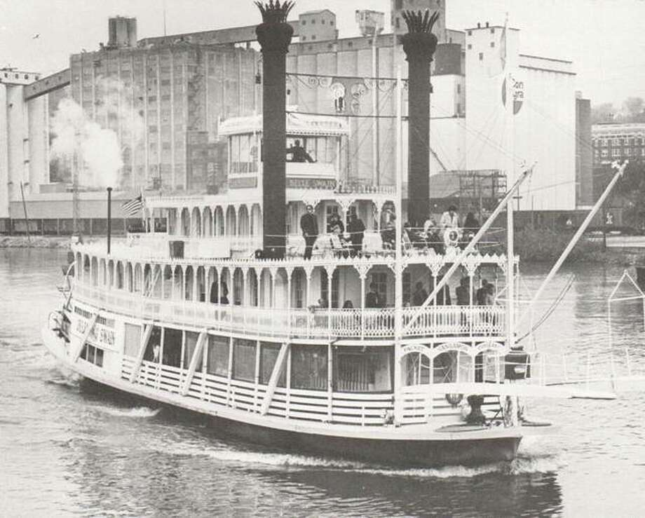 Singer and composer John Hartford made a voyage down the Mississippi on the steamer Julia Belle Swain out of Peoria. Riverboats such as this one provided recreation and adventure to passengers from every corner of the world. Photo: File Photo