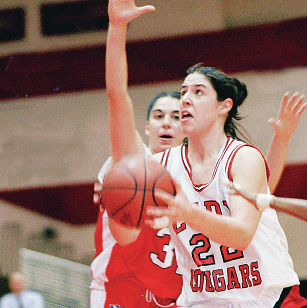 Former Cougars standout Alicia Harkins has been named to the Indiana Basketball Hall of Fame Silver Anniversary Team. She played at SIUE from 1995 to 1998.