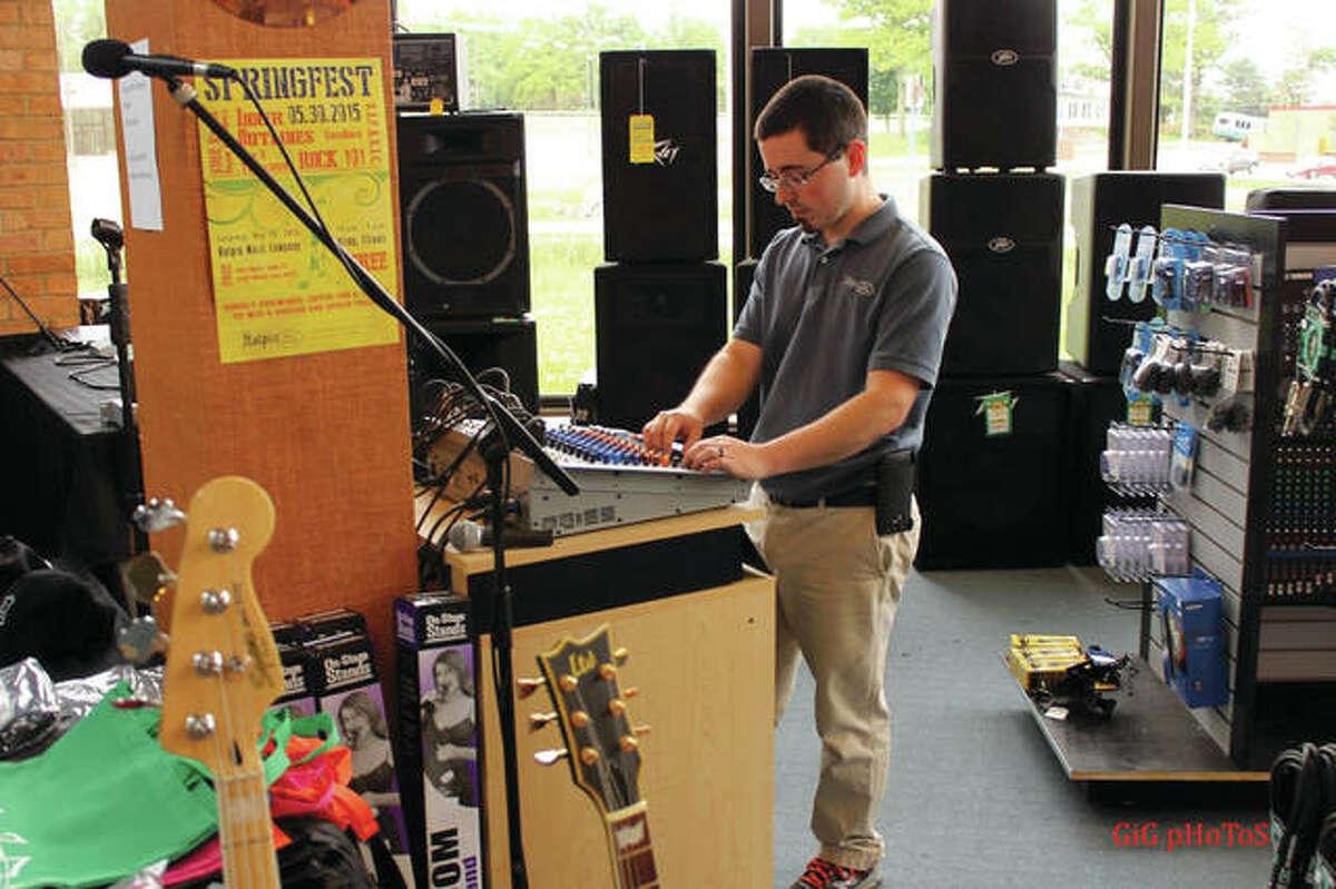 Halpin Music sells guitars, like always, as well as amplifiers, digital pianos and portable keyboards, but since the demand and popularity of electric organs and keyboards fell out of favor, the business actually needs less space than it currently utilizes.