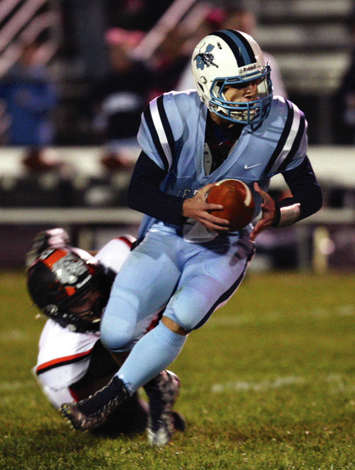 Jersey quarterback Drew Sauerwein ran for a tochdown and threw or two others in his team's overtime loss to Waterloo Friday. He was 11 of 22 for 210 yards through the air.