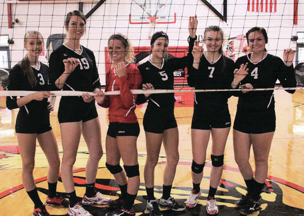 The Calhoun Warriors improved to 20-3 and finished 10-0 in the WIVC by beating Jacksonville Routt in two sets Wednesday night in Hardin.
