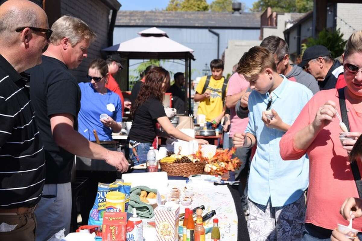 Hundreds packed the venue space at Elijah P's on Saturday for the annual Chili Cook-Off.