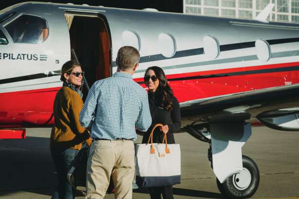Blackbird uses an 8 passenger Pilatus PC-12 on flights between Palo Alto and Santa Monica- one way fares start at $375