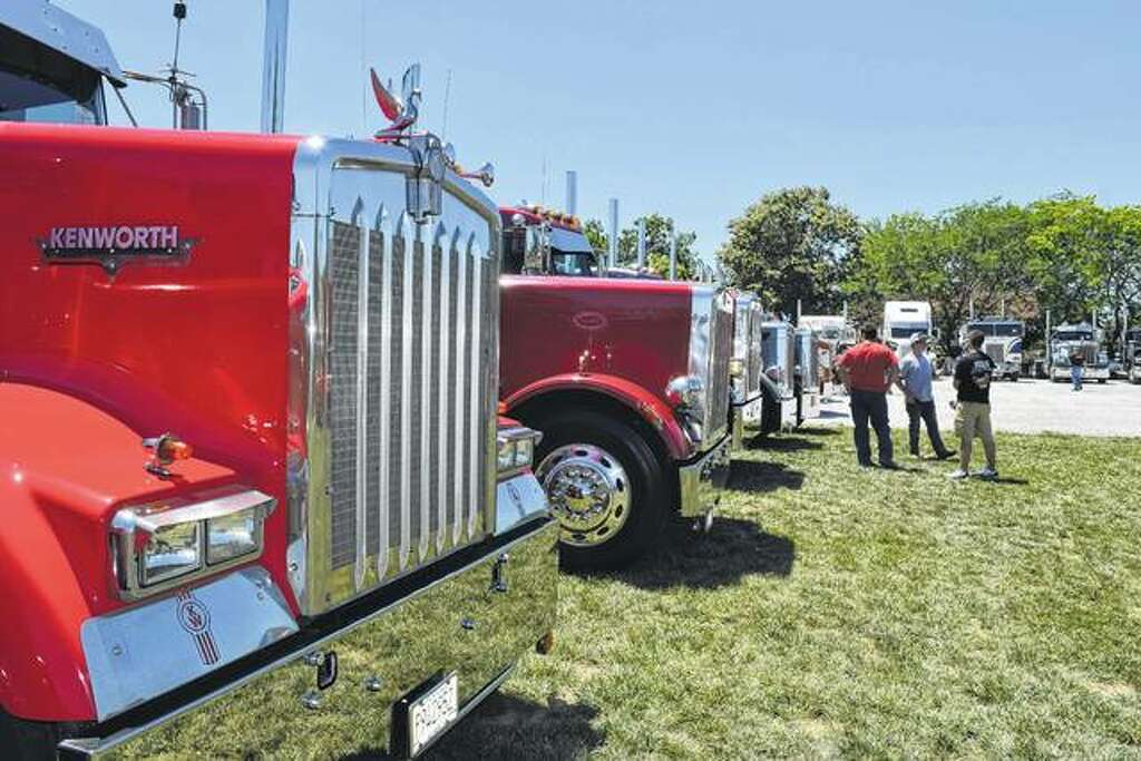 Truck show picking up speed - Jacksonville Journal-Courier