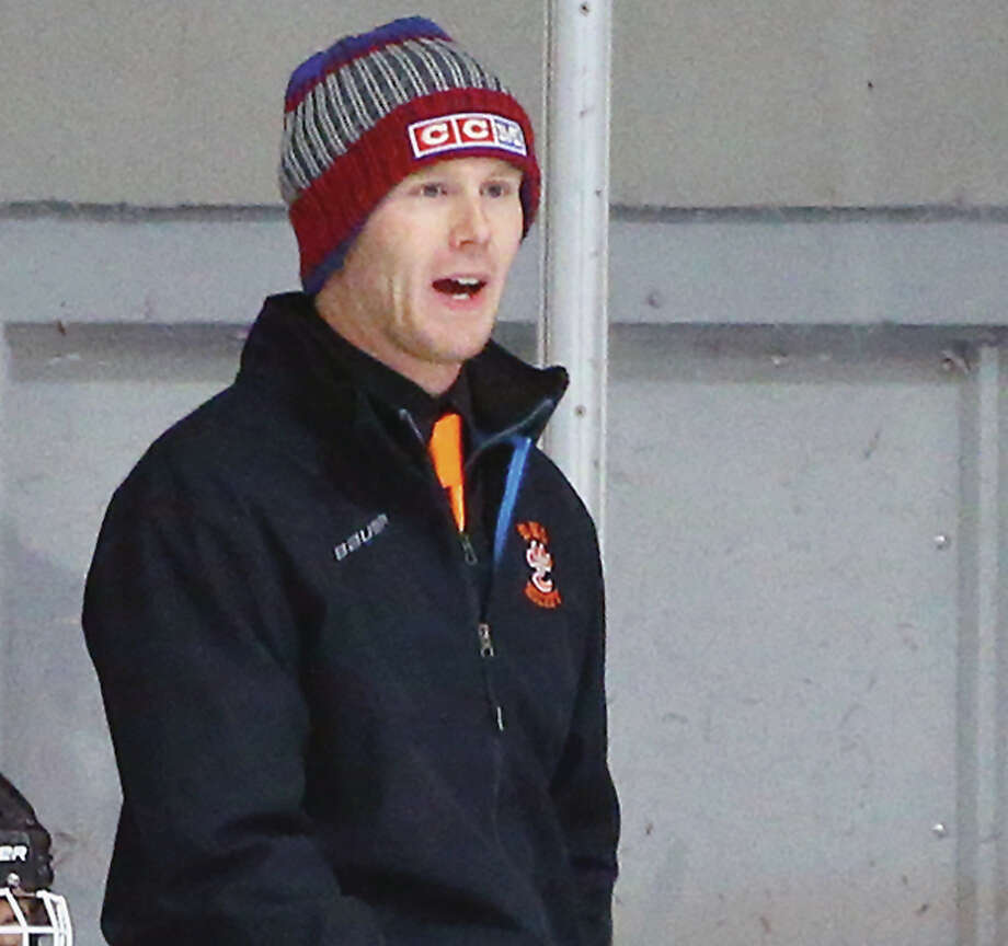 Edwardsville High hockey coach Jason Walker will coach his Tigers against Oakville, Missouri High's Tigers Saturday in the seventh annual Clash of the Cats preseason game at 5:45 p.m. at the East Alton Ice Arena. Proceeds will benefit the Alton Salvation Army. Photo: Telegraph File Photo