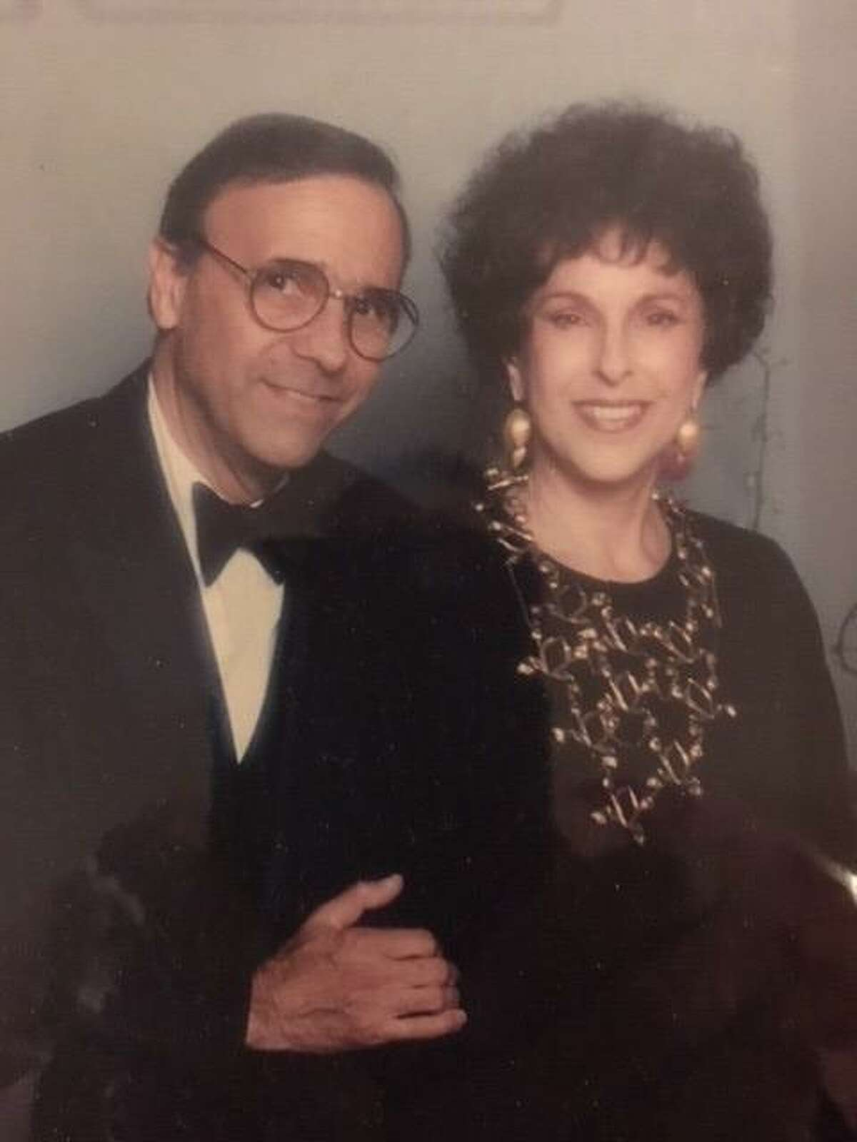 """Arnold """"Pic"""" Swartz met his future wife, Marie Frank Swartz, at a Baltimore country club. They got married in 1952."""