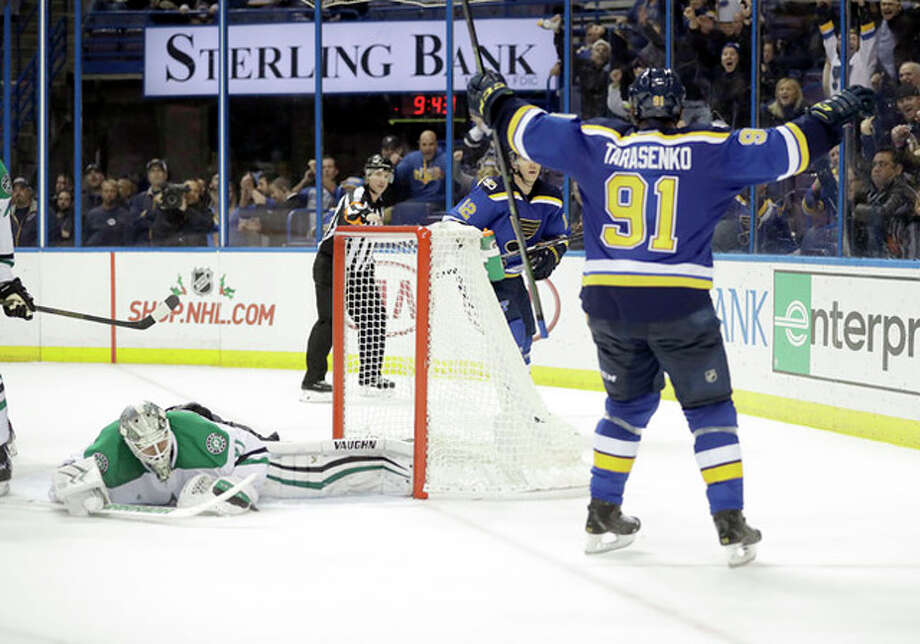 CORRECTS TO OVERTIME INSTEAD OF THIRD PERIOD - St. Louis Blues' Vladimir Tarasenko (91), of Russia, celebrates after scoring a goal past Dallas Stars goalie Antti Niemi, left, of Finland, during overtime of an NHL hockey game Monday, Nov. 28, 2016, in St. Louis. The Blues won 4-3 in overtime. (AP Photo/Jeff Roberson) Photo: Jeff Roberson | AP