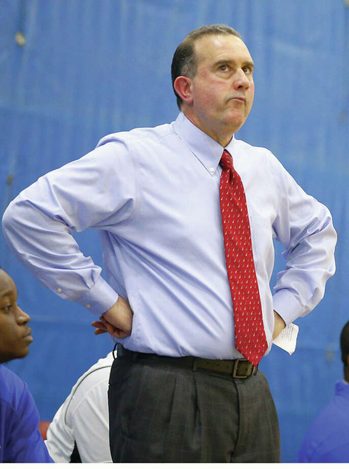 LCCC coach Doug Stotler's team dropped a tight 66-64 decision at Wabash Valley College in Mount Carmel Thursday and will play host to rival Southwestern Illinois College at 3 p.m. Saturday at the River Bend Arena. Photo: Billy Hurst File Photo | For The Telegraph