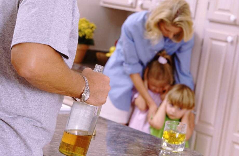 Картинка пьянство в семье