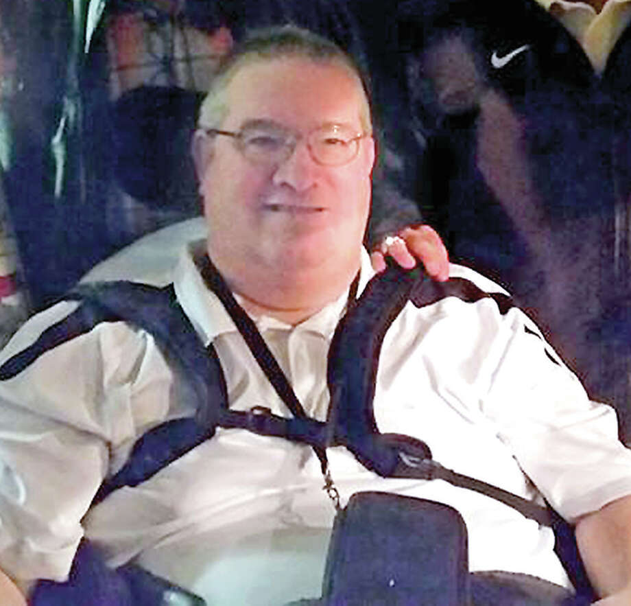 Andy Easton Jr., a popular former teacher and coach at Gillespie, Carlinville and several other area schools, passed away Thursday. He's being remembered for his caring ways, his never-say-die attitude and for his positive impact on young lives. Photo: Courtesy Easton Family