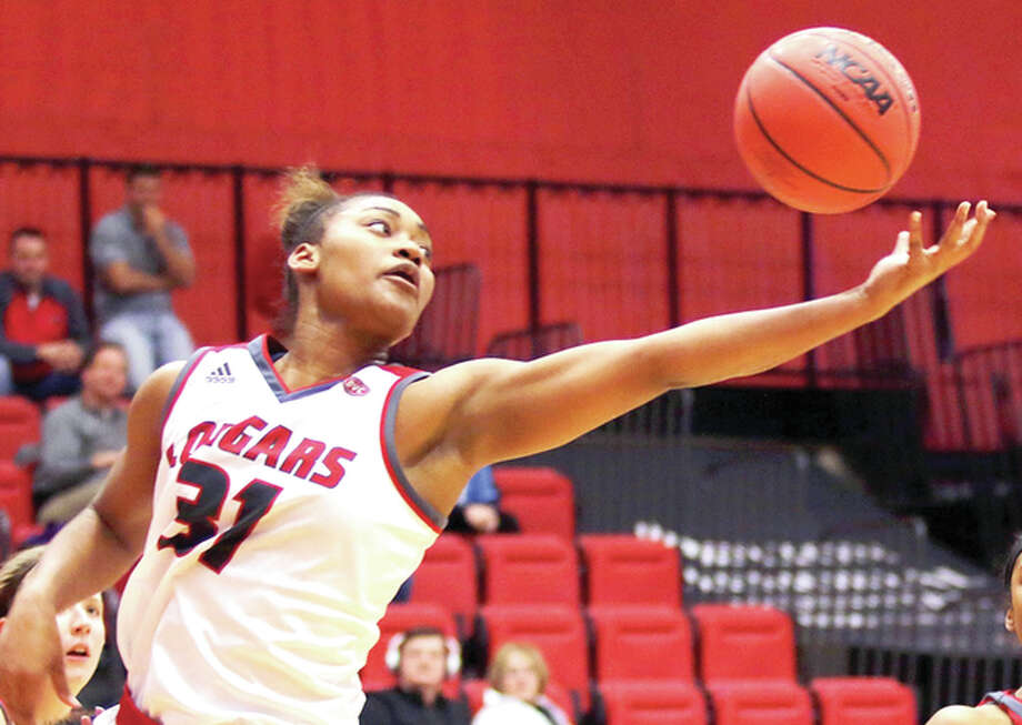 SIUE's Donshel Beck scred 14 points and grabbed nine rebounds in her team's win at Eastern Illinois University on Saturday in Charleston. Photo: SIUE Athletics