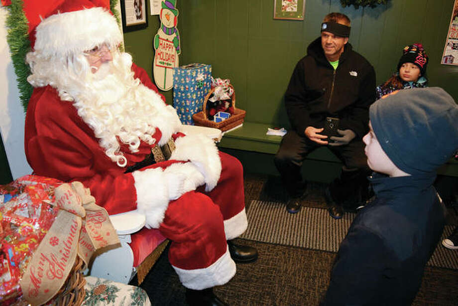 Santa claus is coming to town x2 jacksonville journal courier