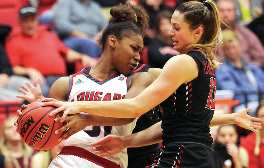 SIUE's Donshel Beck, left, scored 19 points in her team's 78=74 loss to Southeast Missouri State University Thursday night in Cape Girardeau, Missouri. Photo: SIUE File Photo