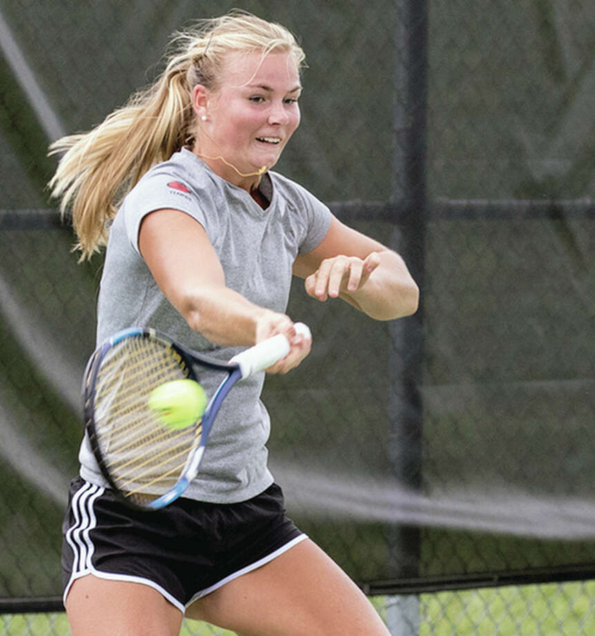 SIUE women's tennis standout Mia Frogner has been picked as the Ohio Valley Conference Women's Tennis Athlete of the Week. Photo: SIUE Athletics