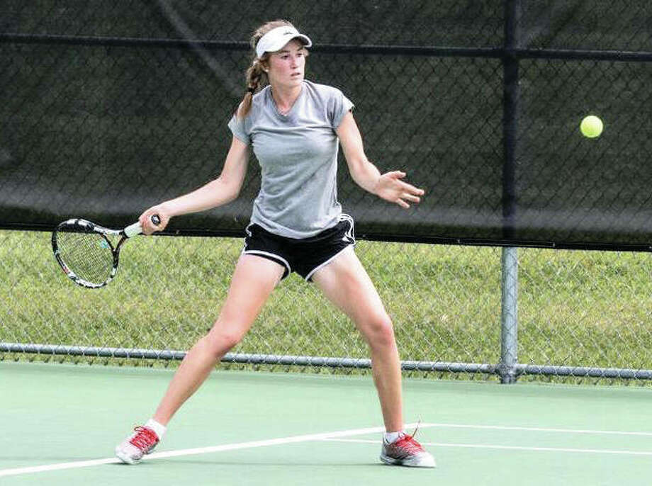 SIUE's Callaghan Adams, a freshman from Edwardsville, won a No. 6 singles match Thursday to help the unbeaten Cougars to their 10th straight dual win in San Antonio, Texas. Photo: SIUE Athletics