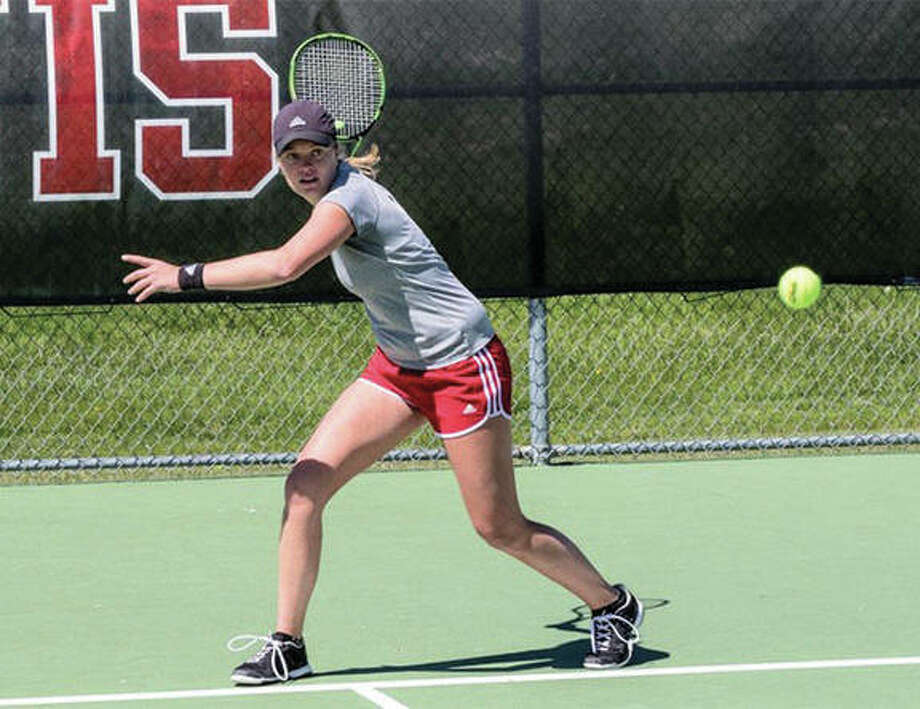SIUE senior Lexi Aranda won her No. 1 singles match Saturday against Murray State on Senior Day at the SIUE courts in Edwardsville. The Cougars won the dual 4-3 to push their record to 17-0. Photo: SIUE Athletics