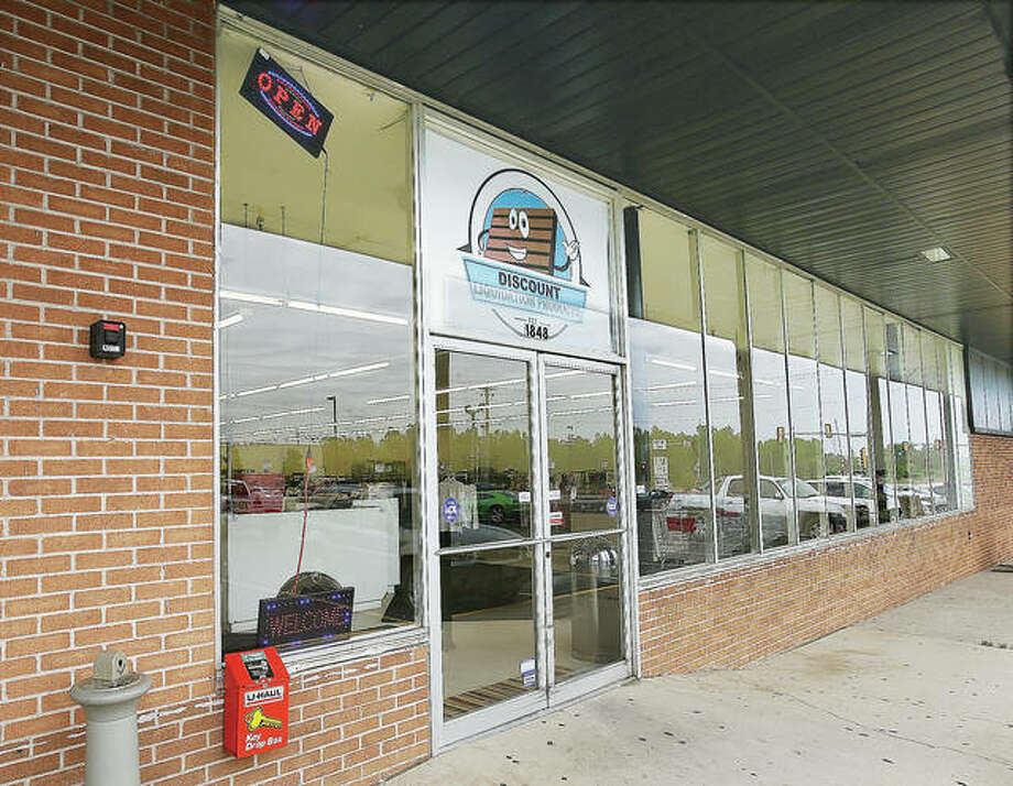 John Badman The Telegraph Discount Liquidation Products has opened at 1848 East Broadway in Alton in the Alton Plaza shopping center.