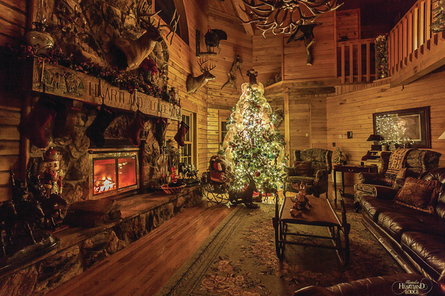 the hunt for christmas jacksonville journal courier - Christmas Lodge