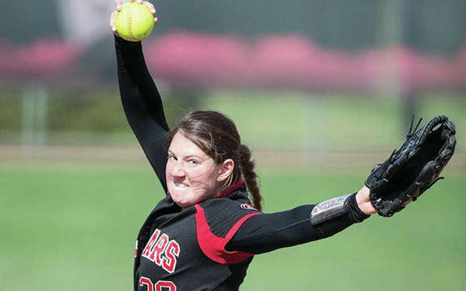 SIUE freshman Emily Ingles threw a one-hitter to beat Austin Peay and give the Cougars two shutouts in a rain-delayed Ohio Valley Conference doubleheader sweep at Cougar Field in Edwardsville. Photo: SIUE Athletics