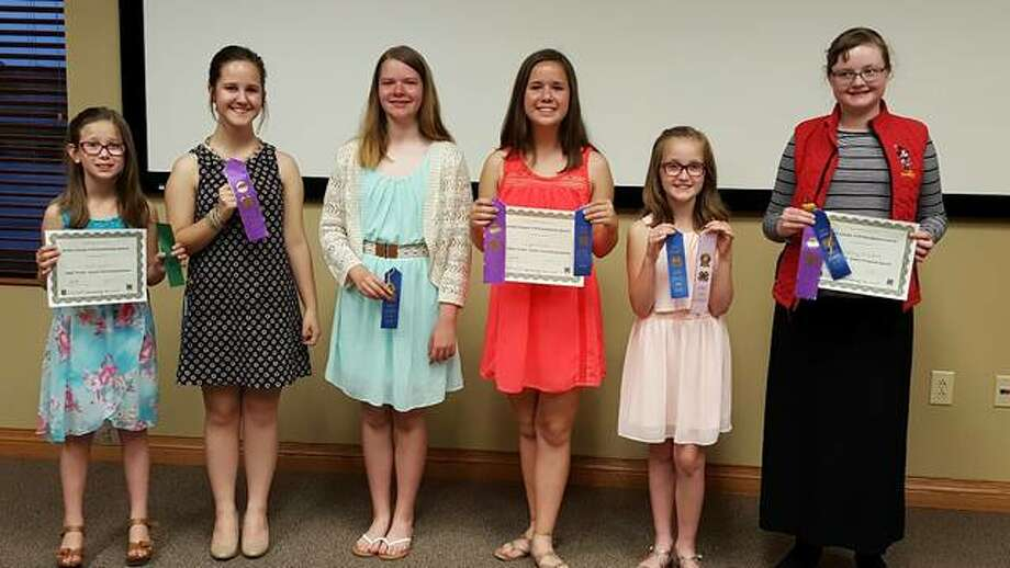 Jersey County 4-H members recently competed in the public speaking contest. Participants were, left to right, Lola Reed, Sally Reed, Leann Woodring, Lydia Reed, Dinah Slusser and Sydney Wojtysiak. Photo: For The Telegraph