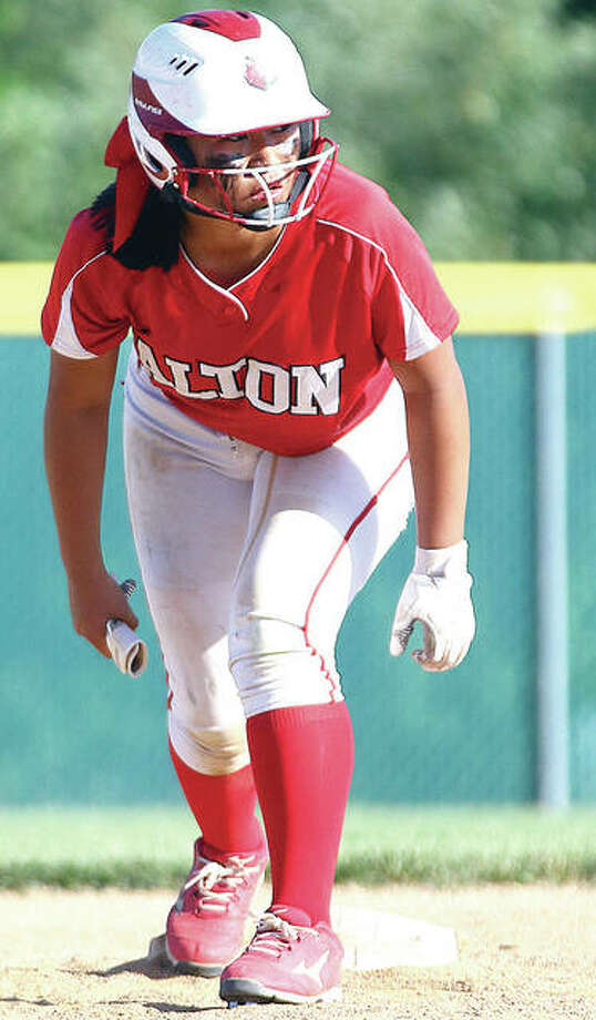 Alton's Tami Wong scored an early run to give her team the lead, but Alton fell to Sacred Heart-Griffin 9-6 in Class 4A regional action in Springfield. Photo: Billy Hurst | For The Telegraph