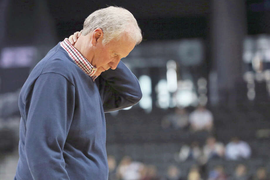 Saint Louis head coach Jim Crews reacts to a game play during the second half of an NCAA college basketball game against George Washington in the Atlantic 10 men's tournament, Thursday, March 10, 2016, at New York. George Washington won 73-65. (AP Photo/Mary Altaffer)