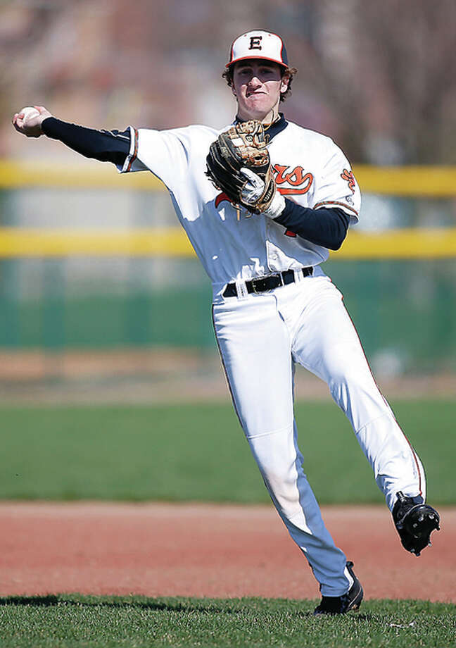 Edwardsville's Kade Burns makes a throw to first base during Saturday game against CM. Photo: Scott Kane | For The Telegraph