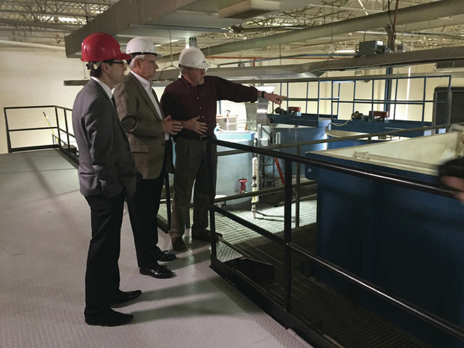 State Rep. Dwight Kay, center, takes a tour Wednesday of the Environmental Resources Training Center with Director Paul Shetly and Interim Dean of the School of Engineering S. Cem Karacal. Photo: Kelsey Landis | The Telegraph