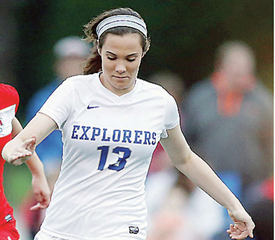 Marquette's Elisa Senno (13) scored a pair of goals in her team's 4-0 victory over Bishop DuBourg High Friday in the Parkway College Showcase in Maryland Heights, Mo. Photo: Scott Kane | For The Telegraph