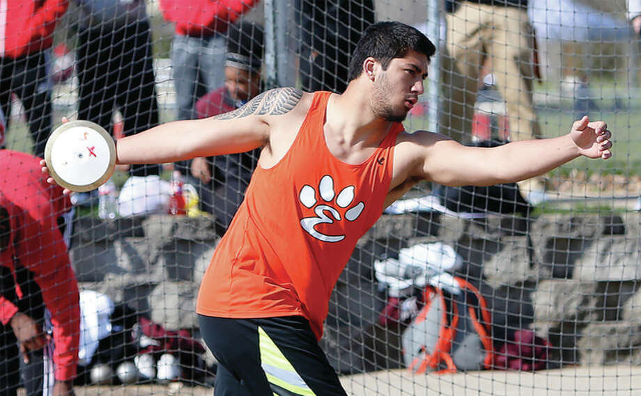 Edwardsville junior AJ Epenesa, shown in competition earlier this season, won the discus Saturday at the Winston Brown Invitational in Edwardsville with a throw of 206 feet, 5 inches that ranks No. 1 in the nation this spring. Photo: Scott Kane / For The Telegraph