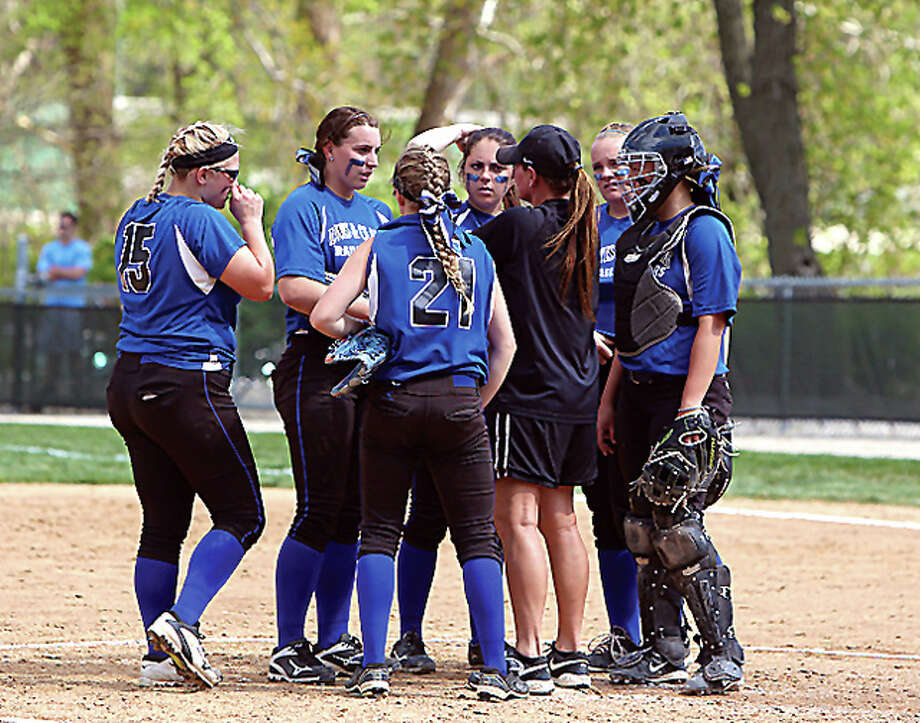 Lewis and Clark Community College softball coach Ronda Roberts, center, and her Trailblazers swept a doubleheader from Lincoln College Monday in Godfrey, 8-3 and 6-2. LCCC will begin postseason play at the Region 24 Tournament Thursday in East Peoria. Photo: LCCC Photo