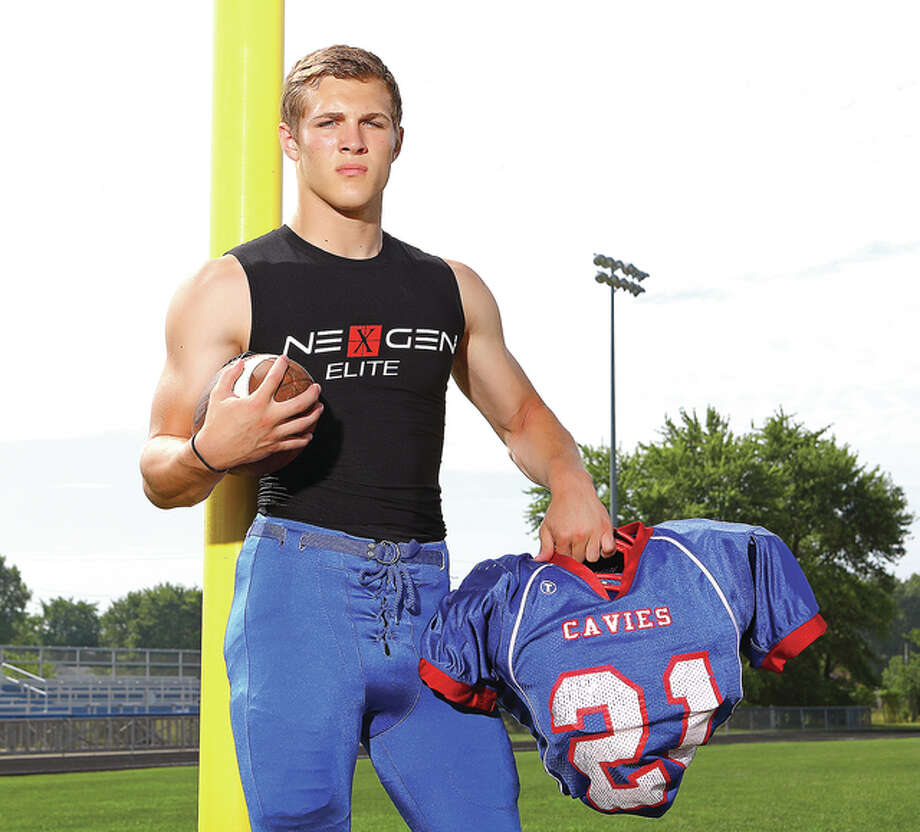 Carlinville's Jacob Dixon, who made the transition from receiver to running back last season, gained 2,029 yards on the ground, scoring 32 touchdowns and is The Telegraph 2015-16 Small School Football Player of the Year. Photo: Billy Hurst | For The Telegraph