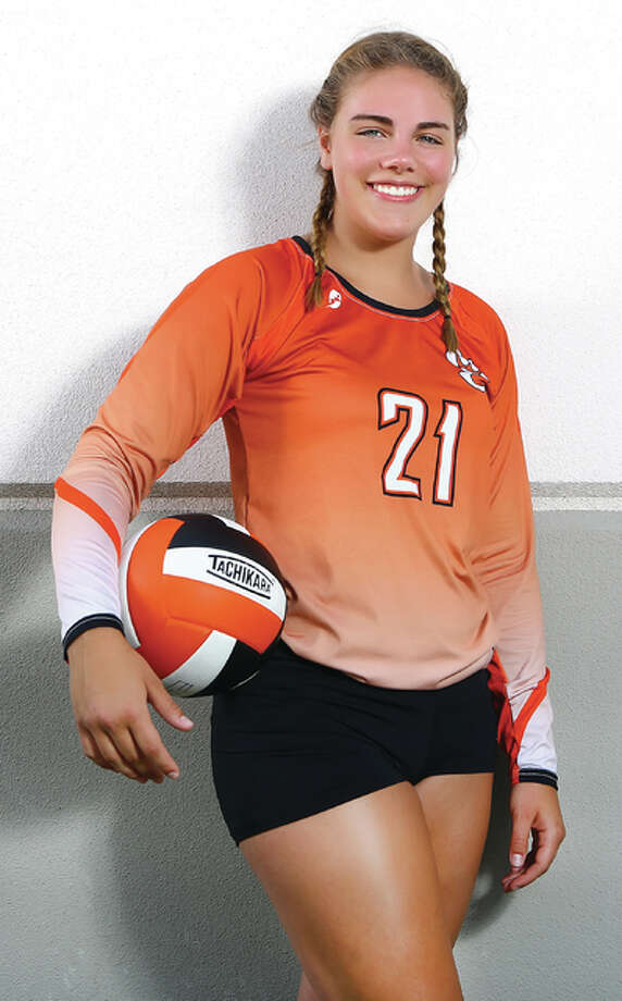 Edwardsville sophomore Rachel Pranger is the 2015 Telegraph Large-Schools Volleyball Player of the Year. Photo: Billy Hurst / For The Telegraph