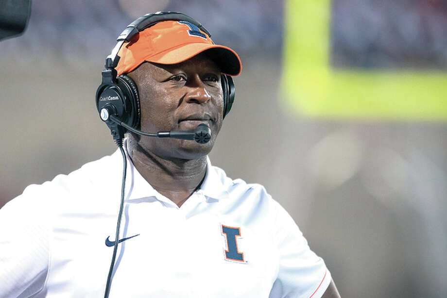 Illinois head coach Lovie Smith watches from the sideline during the second quarter Saturday night against North Carolina at Memorial Stadium. Photo: AP